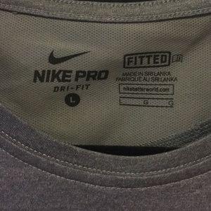 New Nike Dri-Fit HeatGear Fitted T-Shirt